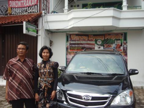 hasil bisnis pertama: Xenia-Li, Sporty (09-2008)